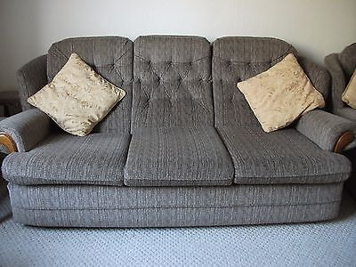 3 piece suite(3 seater sofa and 2 chairs)