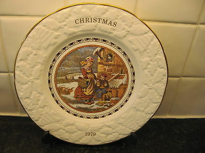 Christmas 1979   Plate  -  Christmas Morning   -   Coalport