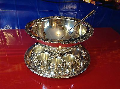 Elegant ONEIDA SILVER PLATE FLORAL EDGE PUNCH BOWL, TRAY, 10 CUPS, PUNCH SERVER