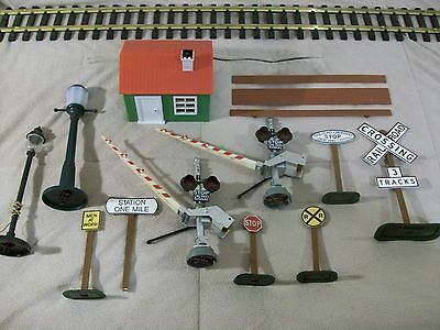 G scale - Crossing Gate Signal Lights Shed Street Lamps Signs - Life Like Parts