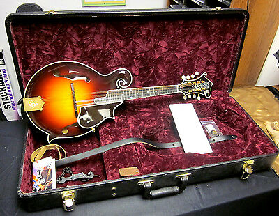 The Gibson 2008 Masterbuilt F5 Fern Mandolin Pristine with OHSC and Case Candy