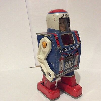 1960 space toy  Astro captain robot arm missing