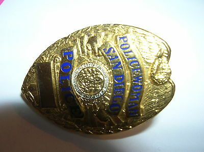 "SAN DIEGO Policewoman CA GOLD Tone 1"" Mini Police Badge PIN Tie Tac NEW"