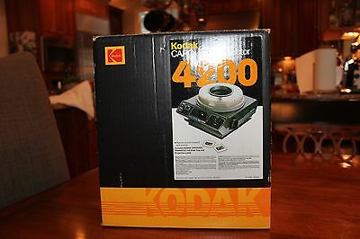 Kodak Carousel Slide Projector 4200 with Remote Control