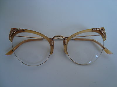 Stylish Vintage cats eye winged glasses spectacles c1950's