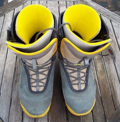 Burton Men's Freestyle Snowboard Boots Size 14 (US) 13 (UK) grey yellow