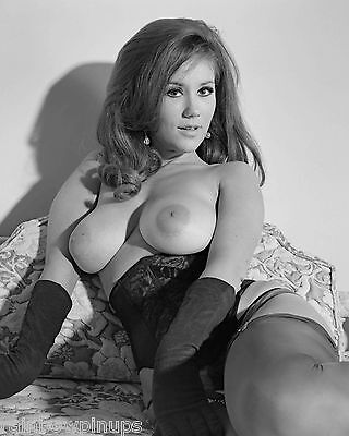 D070 4x5 BUSTY 1960s Pinup, CANDY EARLE in Gloves * BEAUTIFUL BREASTS! (NUDES)