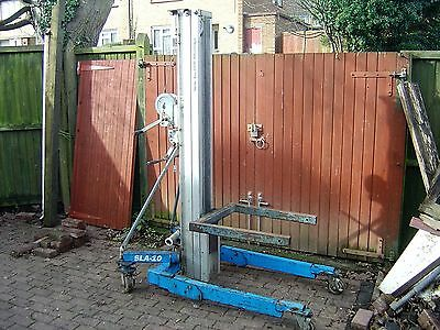 Genie Hoist Lift  SLA 10 working with forks