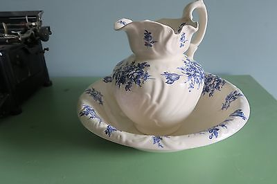 Large victorian style jug and wash bowl