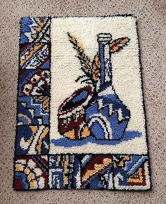 "COMPLETED FINISHED LATCH HOOK RUG SOUTHWEST POTTERY BLUE YELLOW  26"" x 36"""