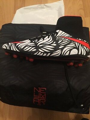 BNWT BARGAIN Mens NIKE HYPERVENOM PHANTOM II NJR FG size UK 8.5 Neymar With Box