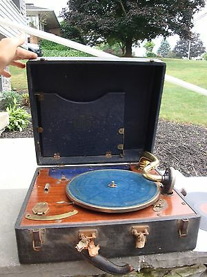 Vintage Birch Portable Phonograph Hand Crank Record Player Model 41 A Works
