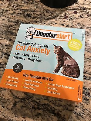 ThunderShirt for Cats, Small Grey - Free Same Day Shipping