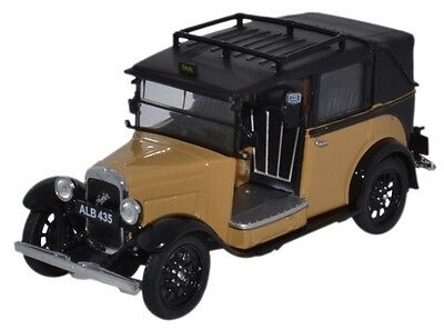 Oxford AT007 PKW Austin Low Loader Taxi Fawn 1/43