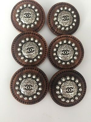 Lots Boutons Chanel