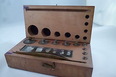 Antique Weights Box 100g-2mg, Wood and Brass, with tweezers
