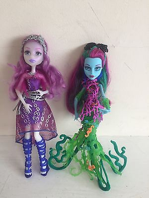Monster High Bundle Set of 2 Doll Dolls Toys USED GOOD CONDITION C11