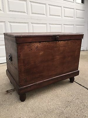 Antique Primitive 19Th Cent Wood Icebox Chest Refrigerator Cooler Chest Trunk