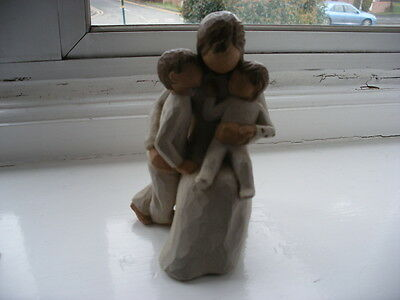A Willow Tree Figurine Mother And Children - Quietly