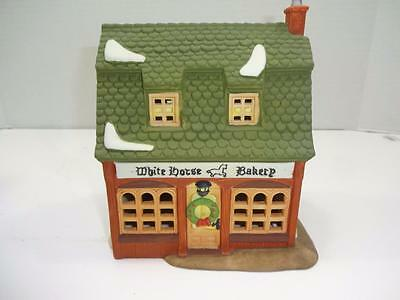 """Department 56 Dickens' Village Series """"white Horse Bakery"""" #5926-9 W/box"""