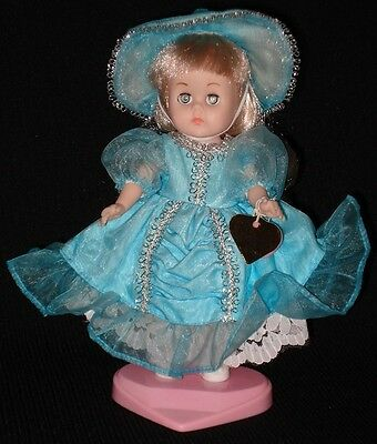 Mint! 1980s Vogue AUGUST CALENDAR GINNY DOLL w/Tag & Stand