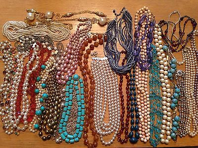 Vintage Jewellery 28 Necklaces Plastic/Glass  Wearable Mixed Lot 60's/70's/80's
