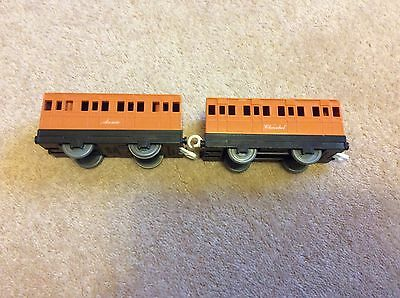 Tomy Thomas The Tank Engine Annie And Clarabell