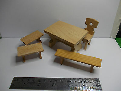 WOODEN TABLE and BENCH SEATS VINTAGE DOLLSHOUSE OLD