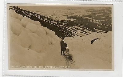 SNOW CUTTING ON THE CAIRNWELL, 1922: Aberdeenshire postcard (C25727)