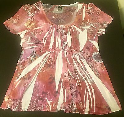 Lot Of 2 Ladies 1X Simple Irresistible Multi Colored 100% Polyester Blouses.