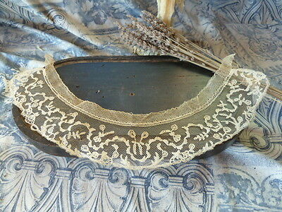 Exquisite and Delicate Hand Made 19th Century Antique Lace Collar