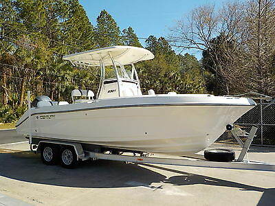 Showroom & Only 19 Hours- 2015 Century 2301 Cc With 250 Hp Yamaha 4-Stroke 2600