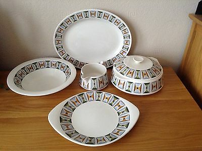 A Lot Of Vintage Lord Nelson Oasis Pottery Bright Funky Retro 5 Pieces Rare Item