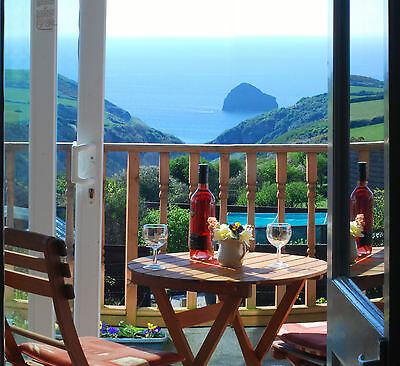24-28th March Holiday Cottage Tintagel Cornwall Stunning sea views! Free Wifi