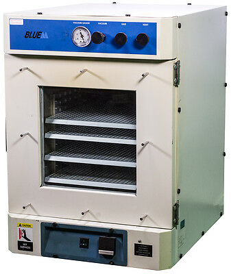 Blue M VO1218C Laboratory Vacuum Oven with 4x Shelves