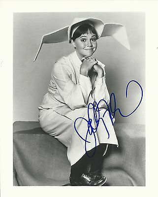 SALLY FIELD Hand Signed 8x10 Autographed Photo With COA - FLYING NUN
