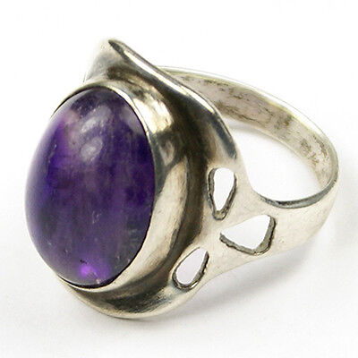 Arts and Crafts Sterling and Amethyst Cabochon Finger Ring