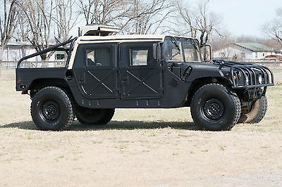 1980 Hummer H1  1987 Hummer Humvee H1 Military Diesel Convertible has Title and Air Conditioning