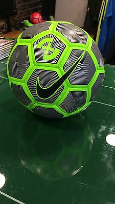 Soccer Ball Ball Nike 17 Footballsuitable For Field Duro Reflect Grey And Green