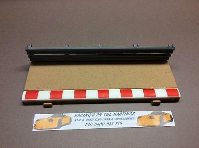 Used 1:32 Scalextric Sport C8223 Half Straight Track Border And Fence. VGC