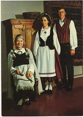 Finland - Native Costumes ~An Old Postcard (7G6)