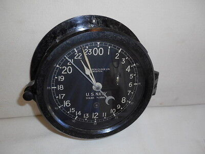 Vintage Chelsea U.S. Navy Bakelite Clock with Key   WORKING Serial # 719XXX