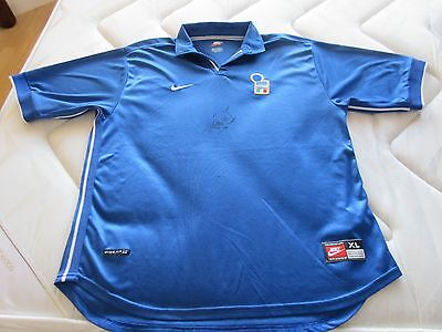 Italy Football Shirt signed by Paolo Di Canio RARE West Ham