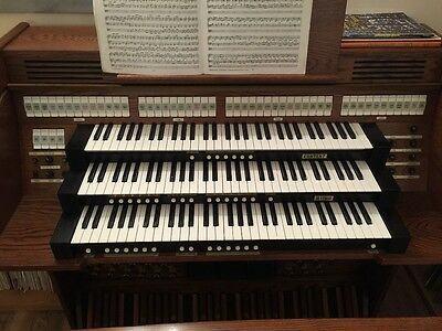 Three manual Content digital church organ