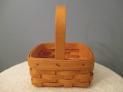 2007 Small Square Longaberger Basket with Handle