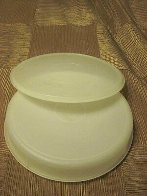 "Vintage Tupperware 12"" Round Pie Cake Cupcake Taker Keeper Carrier Container"