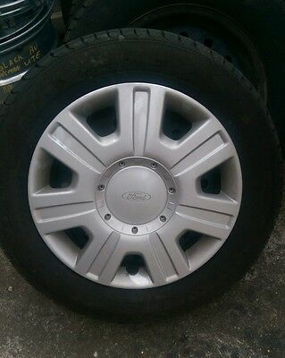 Ford Stock 16 inch rims X 4 and near new tyres