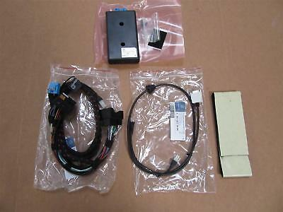 Mercedes Benz Original IPOD INTERFACE Kit NTG2.5 B67824563 NEU