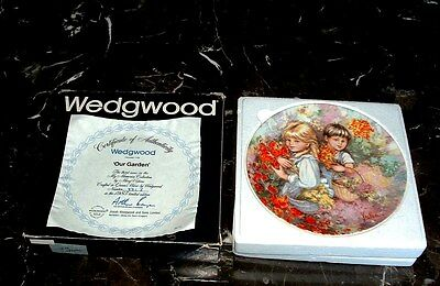 Wedgwood Love Garden Collector Plate In Box