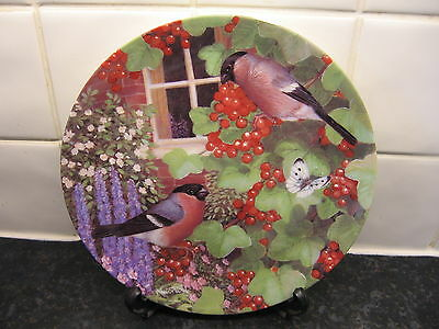 Bullfinch Bird  Plate  - Summers Bounty   -    Danbury Mint